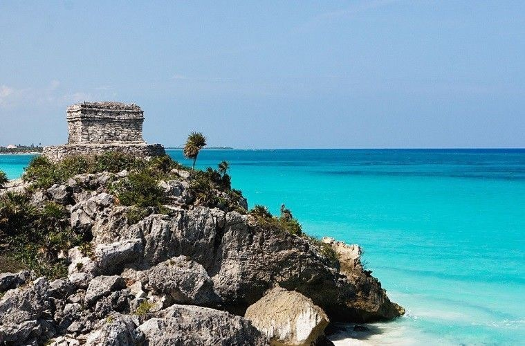 """Site de Tulum"" from www.expressos.com.mx (PRNewsFoto/Office du Tourisme du Mexique)"
