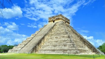 """Site de Chichen Itza"" from http://foundtheworld.com (PRNewsFoto/Office du Tourisme du Mexique)"