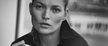 This spectacular overview of Lindbergh's extensive oeuvre will also present exclusive material varying from previously unseen material from personal notes, storyboards, props, polaroids, contact sheets, 'behind the scene' films with muses Kate Moss and Mariacarla Boscono and monumental prints.Photo credit: Peter Lindbergh, Kate Moss, Paris, 2015, Vogue Italia (Giorgio Armani, S/S 2015) (C) Peter Lindbergh (Courtesy of Peter Lindbergh, Paris / Gagosian Gallery) (PRNewsFoto/Kunsthal Rotterdam)